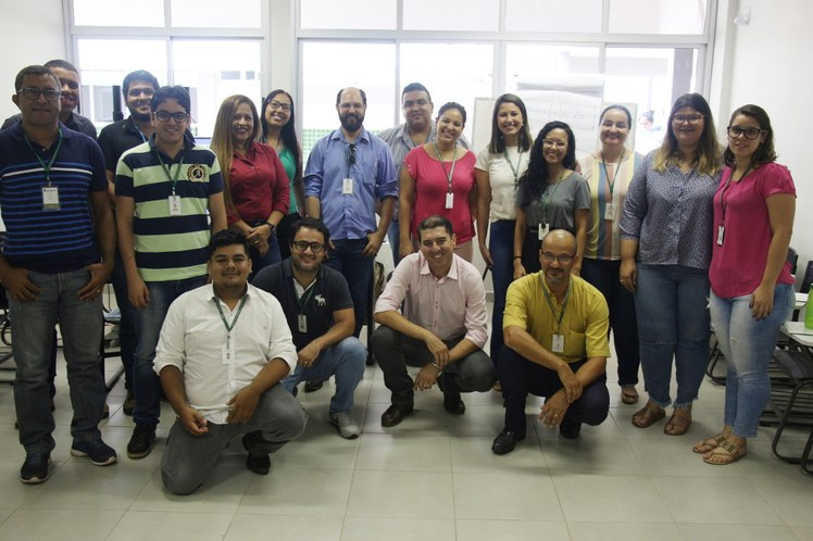 Capacitação-Relações-Interpessoais-e-Desenvolvimento-de-Equipes-Foto-Conjunta.JPG