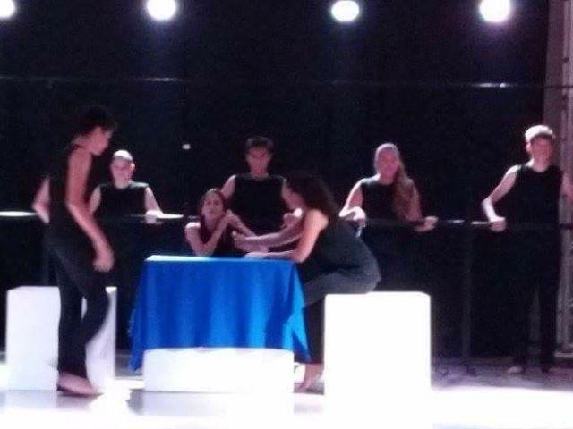Prêmio de melhor peça classificou grupo para a etapa estadual do Fetran, em setembro, em Campo Grande - Foto: Arquivo pessoal