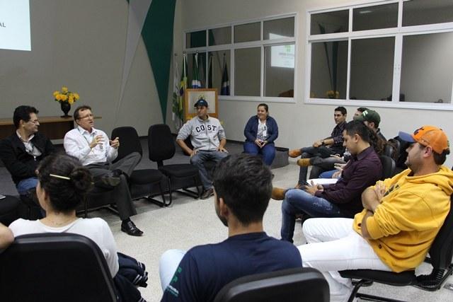 Disponibilidade orçamentária foi um dos temas debatidos com estudantes - Foto: Ascom/IFMS