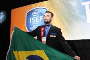 Luiz Fernando durante premiação em evento nos EUA - Foto: Luis Selbach