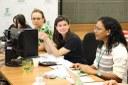 Assistentes sociais analisaram também o edital de seleção da assistência estudantil