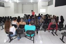 Curso foi aberto no último dia 26, na Escola Municipal Professor João de Lima Paes