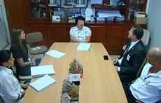 Reitor do IFMS e chefe-geral da Embrapa em reunião - Foto: Ana Maio/Embrapa Pantanal