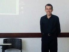 João Paulo é o primeiro estudante a apresentar o TCC em Libras - Foto: Campus Coxim